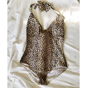 Tommy Bahama full piece swimsuit cheetah print